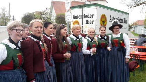 Ausflug mit Konzert zum Brunnenfest nach Waltenhausen