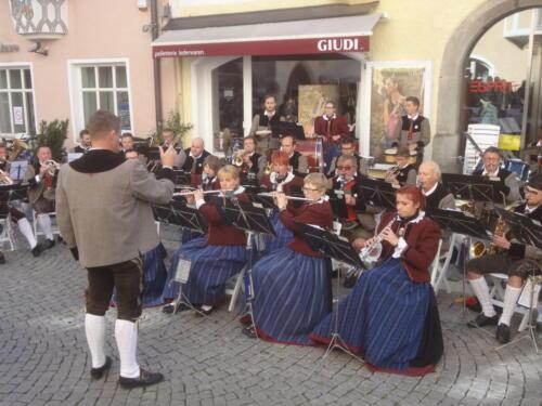 Umzug und Konzert 'Musik liegt in der Luft' in Sterzing